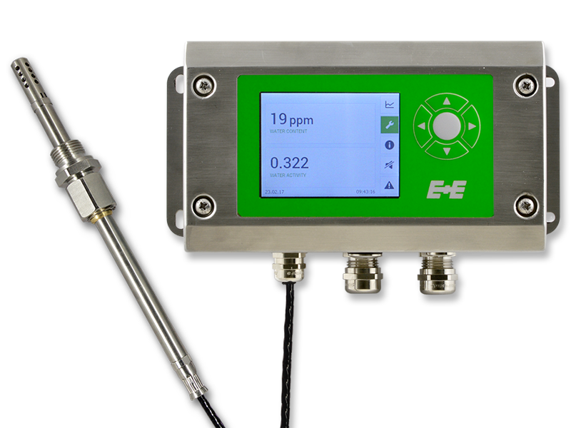 EE360 moisture in oil transmitter with stainless steel enclosure